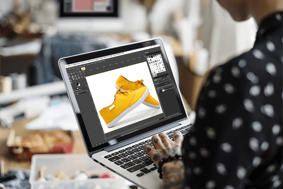 10 Useful Tips on How to Outsource Photo Editing for E-Commerce